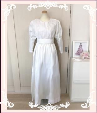 大きいパフスリーブのリメイク前のドレス