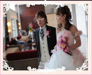 オーダーのウェディングドレス(お花のドレス)