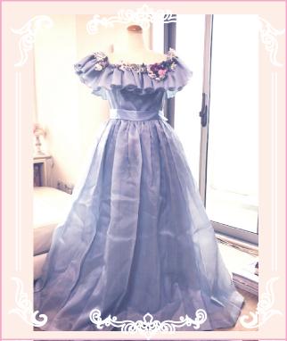 お母さまのドレスをリメイク